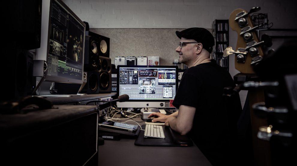Stefan Endrigkeit, Edgartown Studio, Hamburg, Bassist, Musikproduzent, Podcastproduzent